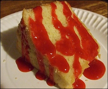 Pound Cake with Raspberry Sauce